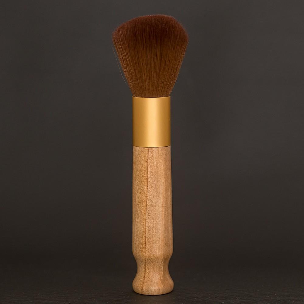 pinceau-de-maquillage-manche-en-bois-de-mimosa