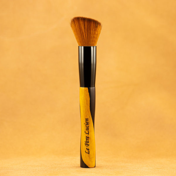 pinceau-maquillage-bois-ebene