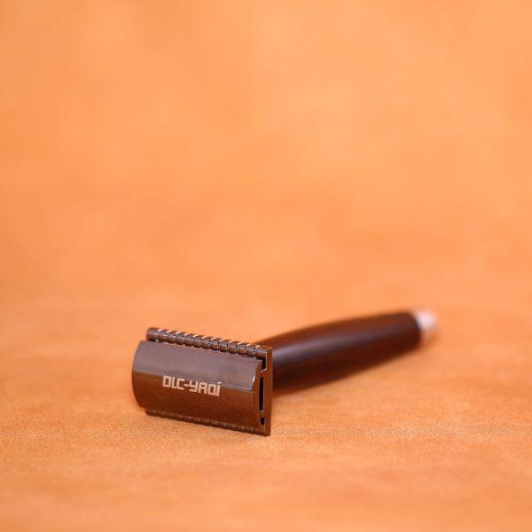 rasoir-artisanal-mred-lpl-en-ebene-et-aluminium-2