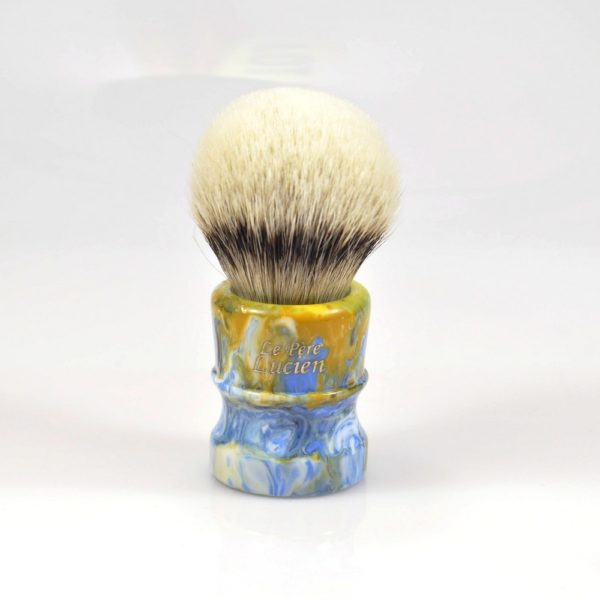 blaireau-mred-le-pere-lucien-24mm-hmw-sur-resine-bleu-orange