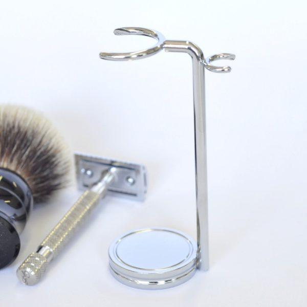 serviteur-de-rasoir-blaireau-en-metal-chrome-le-pere-lucien
