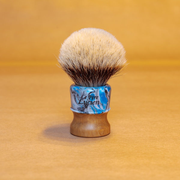 blaireau-mred-lpl-26mm-finest-bulb-sur-charme-resine-bleue-noire-blanche