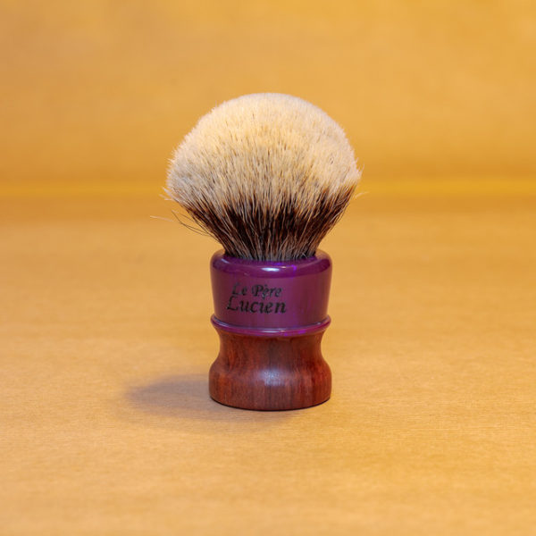blaireau-mred-lpl-26mm-finest-bulb-sur-bois-de-prunier-résine-violette