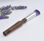 pinceau-de-maquillage-manche-biseaute-en-bois-violet-bleu